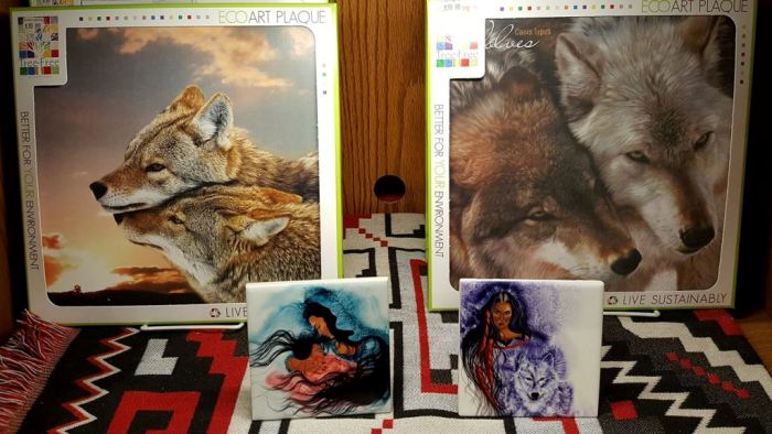 Wolf Plaques Tiles Maryland